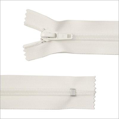 Breiter Kunststoff Reißverschluss,  weiß, 18 cm